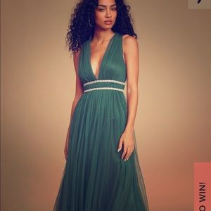 Lulus emerald green tulle gown